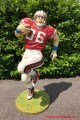 american football player lifesize statue carecaverhuur amerkaanse deco beeld style decorstuk rugby sport sports sportcafe